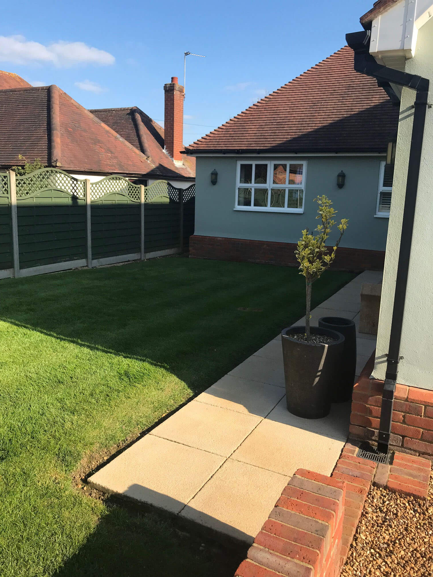 Datchworth Patio before 4 - Hertfordshire Driveways